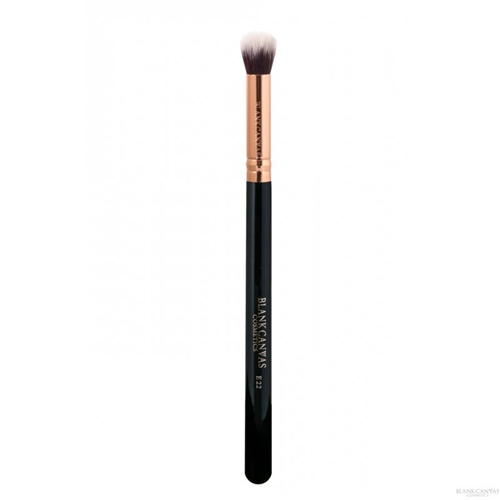 E22 Jumbo Concealer Buffer Brush  - Click to view a larger image