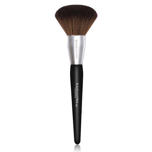 F50 Large Powder and Bronzer Brush 1